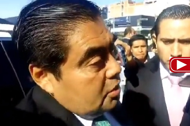 Confirma Barbosa la renuncia de Berlanga a la Función Pública