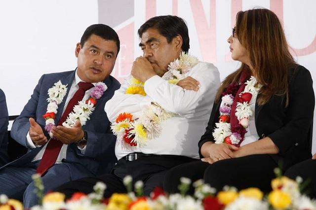 Critican panistas soberbia de Barbosa tras sostener dichos