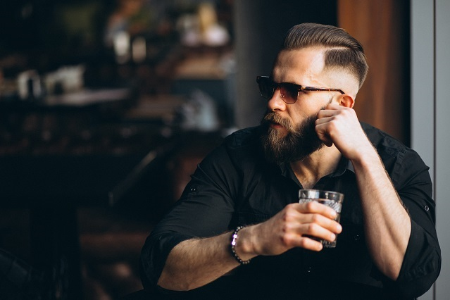 76% de las mujeres casadas fantasean con hombres barbudos, encuesta