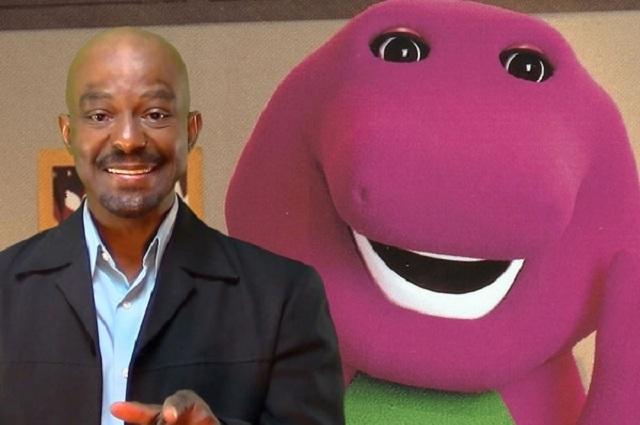 Actor que dio vida a Barney ahora es instructor de sexo tántrico