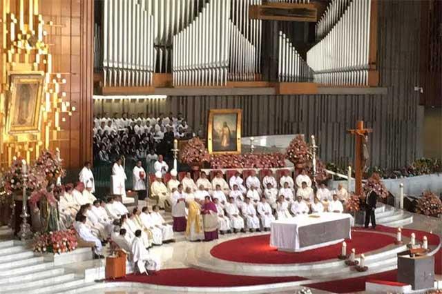 Van 100 mil a peregrinación anual a la Basílica de Guadalupe