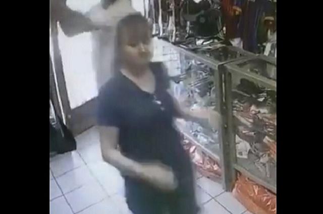 Vinculan a proceso al que le dio un batazo a mujer para robar negocio