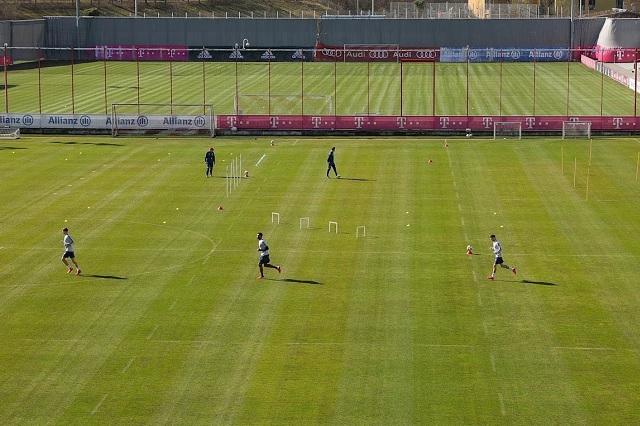 Con sana distancia, Bayern Munich retoma sus entrenamientos