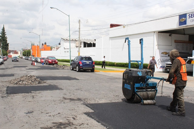 Reparación de vialidades sigue en la capital a través de Bachetón 4.0
