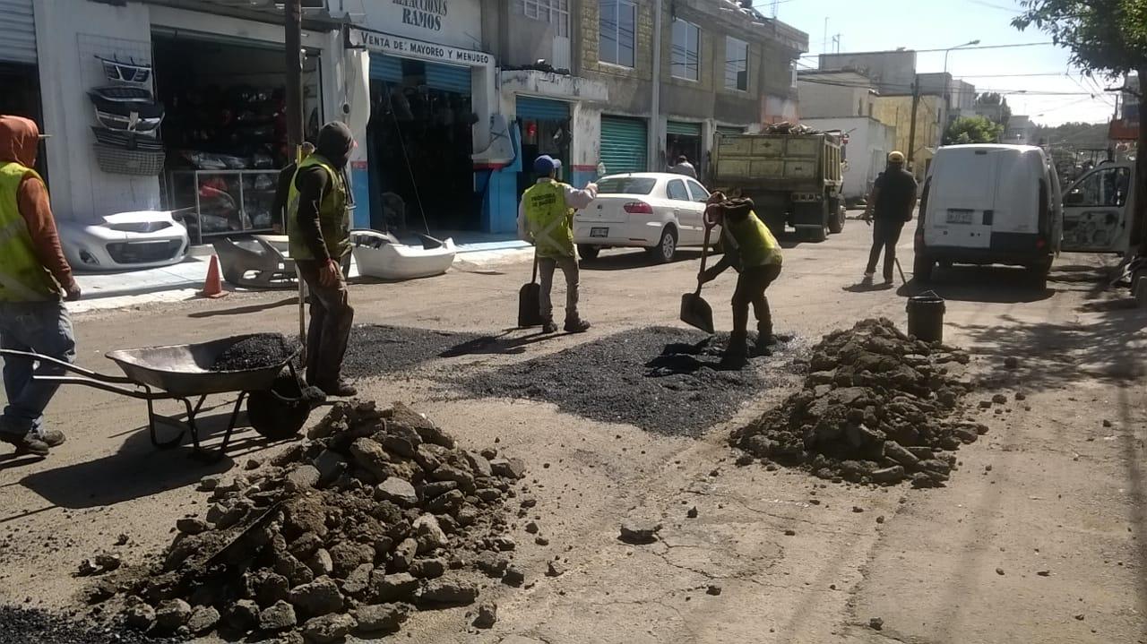 Gobierno Municipal de Puebla mantiene labores de bacheo