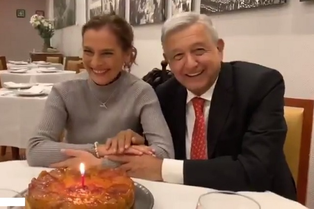 Así festejó AMLO cumpleaños 51 de Beatriz Gutiérrez Müller