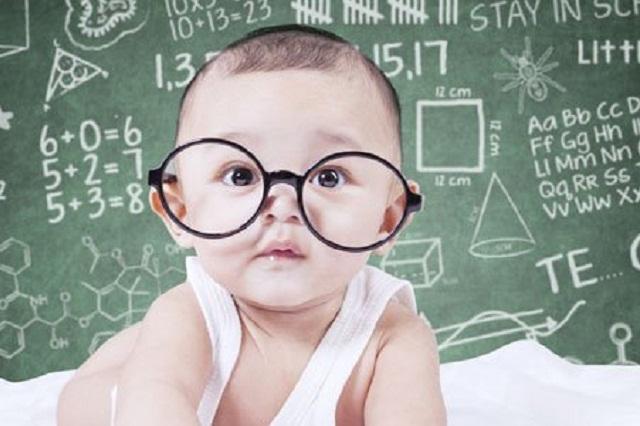 15 señales de que un bebé podría ser superdotado los padres deben saber