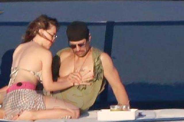 Difunden fotos de Belinda y Criss Angel en yate y muy cariñosos