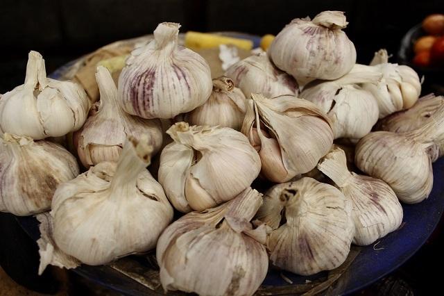 5 beneficios que aporta comer ajo