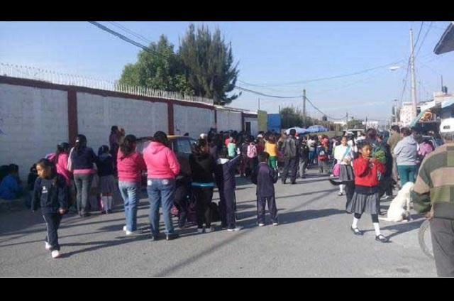 Separa la SEP a maestro de la primaria Benito Juárez
