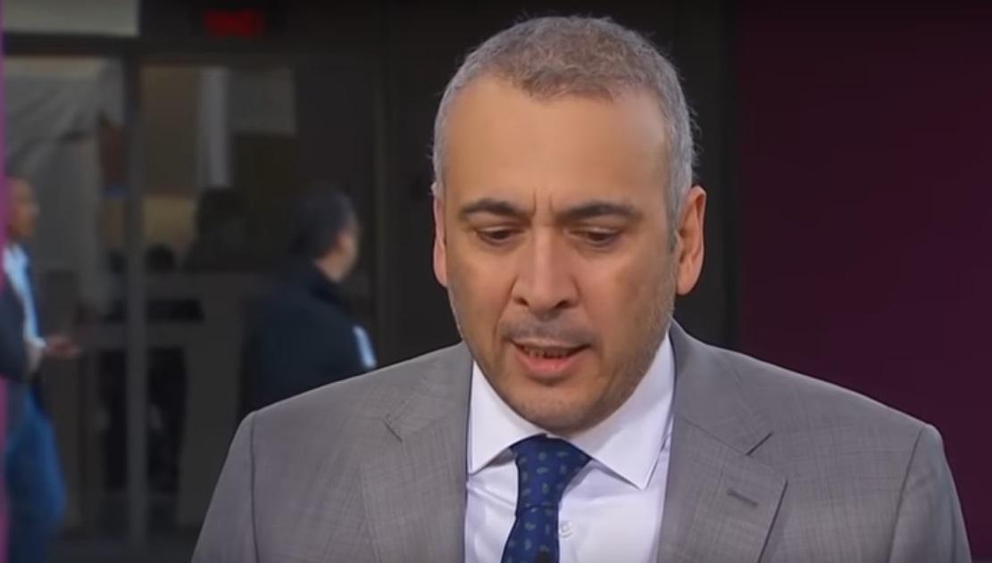 Consejero electoral promueve juicio para que no le bajen el salario