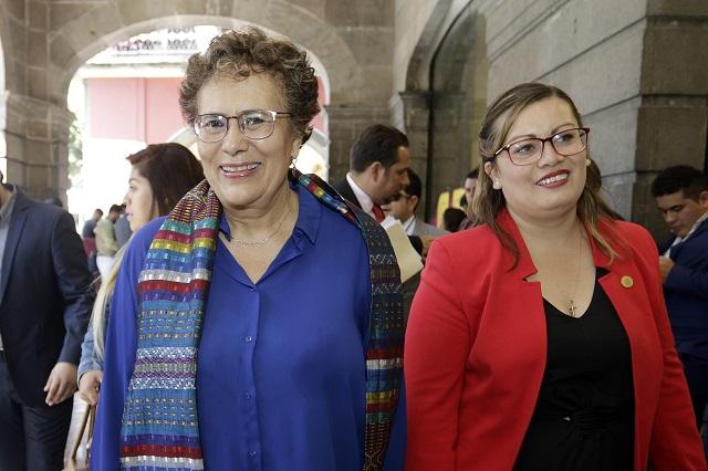 Trasciende que Bertha Luján deja contienda por la dirigencia de Morena