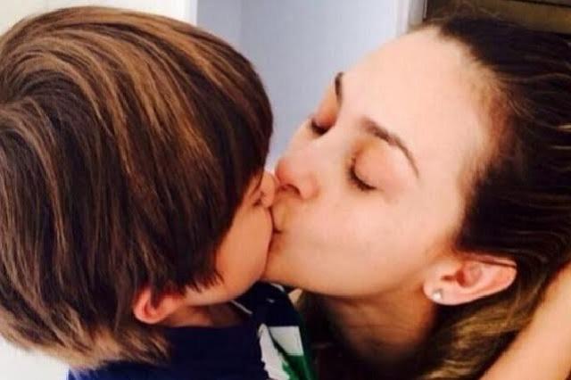 ¿Es bueno o malo que los padres den besos en la boca a sus hijos?
