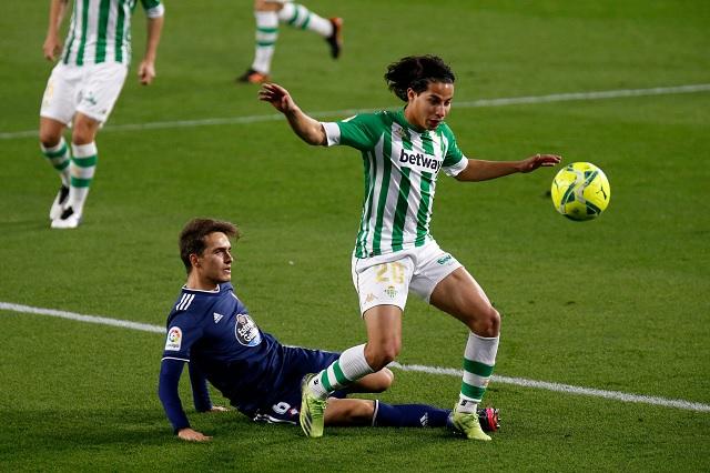 Diego Lainez y Andrés Guardado vieron acción en victoria del Betis