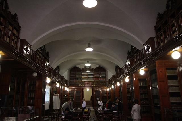 La biblioteca Lafragua: sala de lectura atrapada en el tiempo