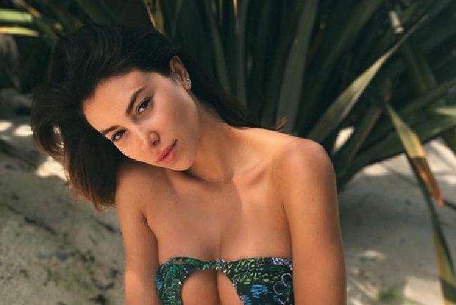 Verano caliente: Chicas replican sexy moda y usan el bikini al revés
