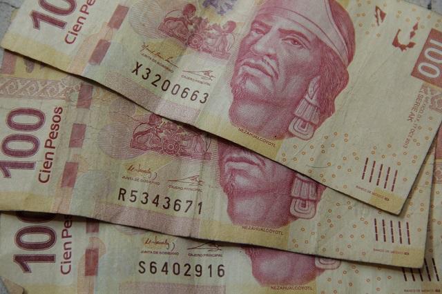 Evidencian error en billete de 100 pesos y que la SEP también cometió
