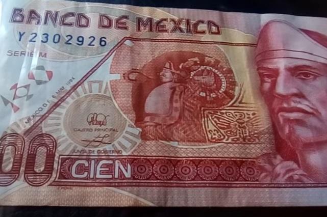Ofertan billete de 100 pesos de Nezahualcóyotl en casi 900 pesos