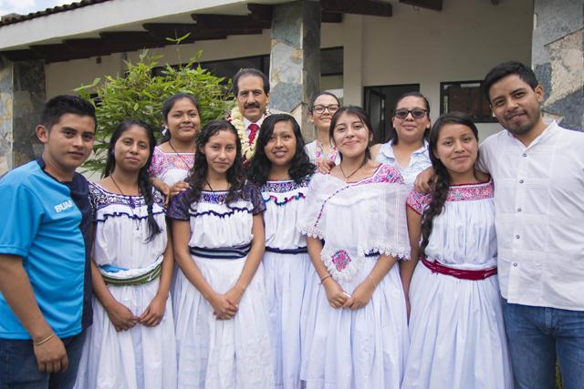 Rector BUAP visitó a estudiantes de Gestión Territorial e Identidad Biocultural
