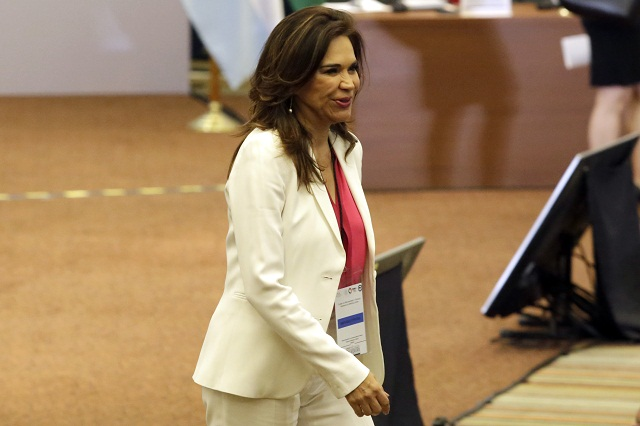 Alcalá se descarta para elección 2018; está comprometida como embajadora