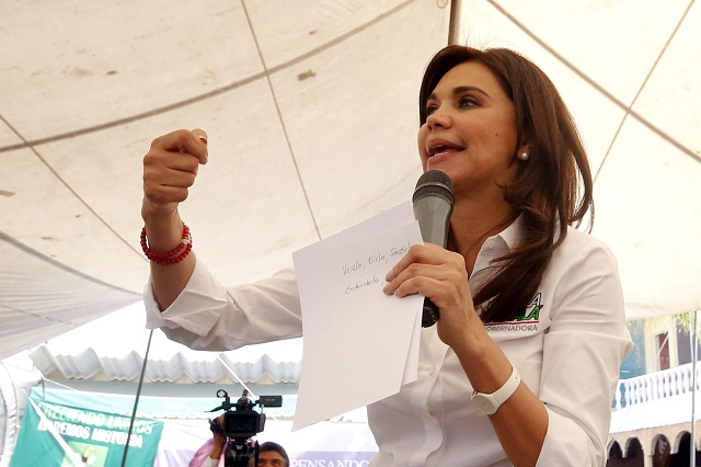 Blanca Alcalá hace transparente su patrimonio: 8.3 mdp