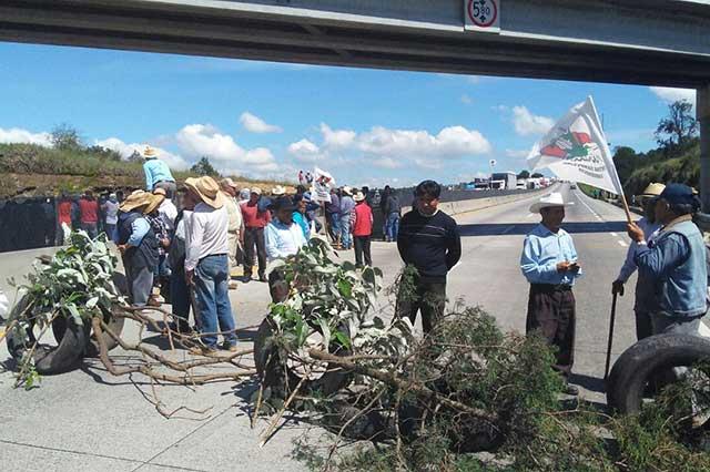 Campesinos reclaman pagos y cierran el Arco Norte durante 3 horas