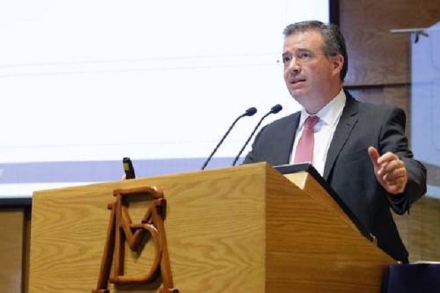Alerta BdeM de riesgos en plazos corto y mediano para la economía