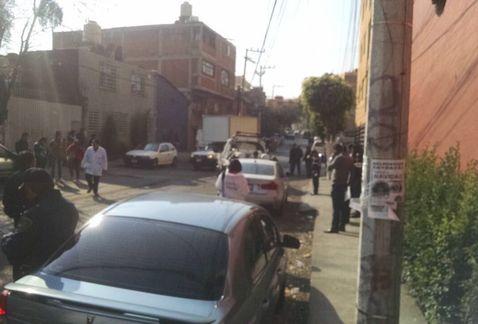 Hallan cadáver en un BMW en Coyoacán