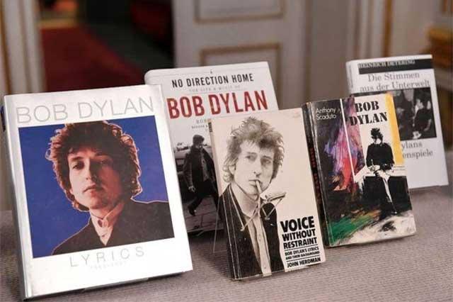 Aumentan ventas de libros de Bob Dylan luego del Nobel de Literatura