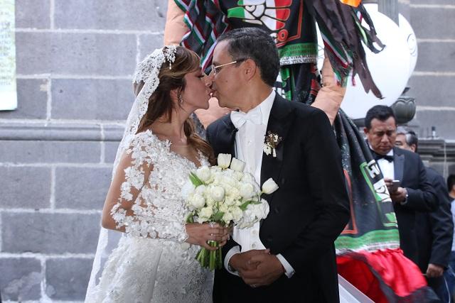 Reúne a morenistas boda de ex vocero de Amlo en Puebla