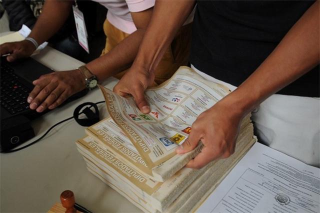 Detectan boletas marcadas a favor del PAN, en Tlachichuca