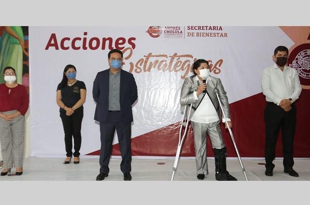 Karina Pérez Popoca reconoce labor de profesoras de los CAIC