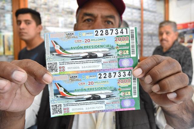 Venta de cachitos para el avión  presidencial llega al 70%