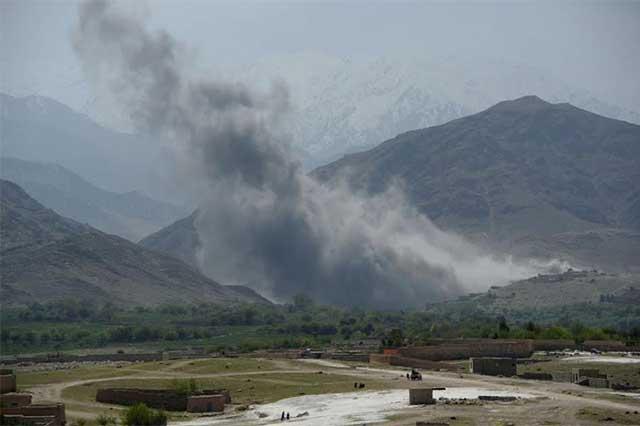 EU lanza la madre de todas las bombas sobre ISIS en Afganistán