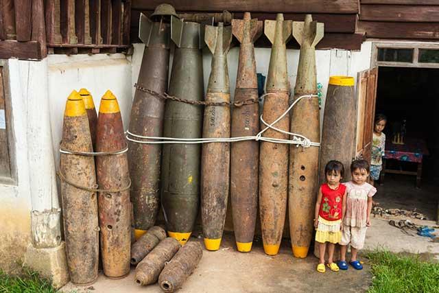 Bomba de EU explota en Vietnam y mata a 3 niños y a 3 adultos