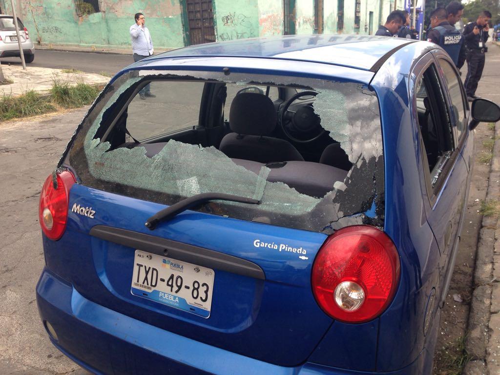 Lanzan bomba molotov a casa de campaña de Fernando Manzanilla