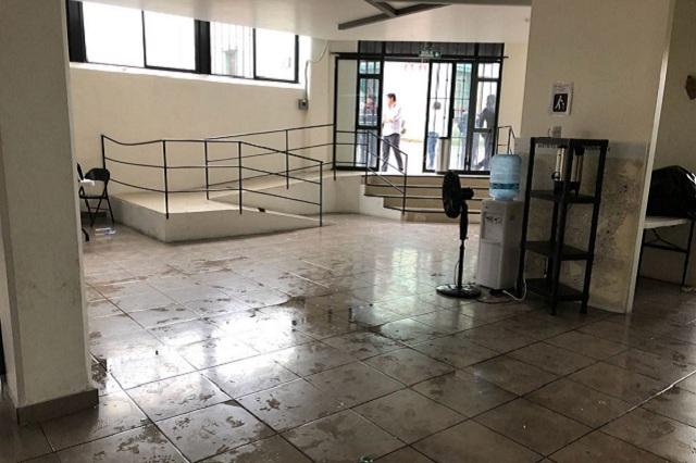 Indaga ya FGE bomba molotov en casa de campaña de Manzanilla