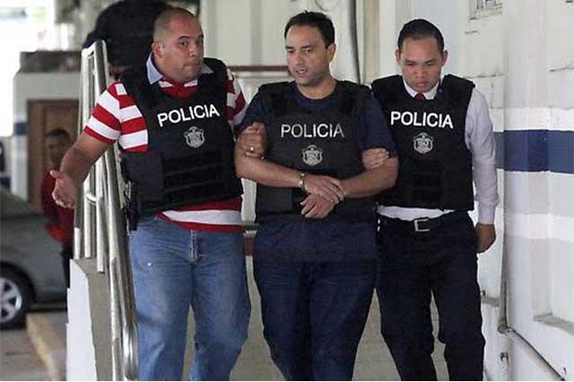En Panamá, Roberto Borge tiene que pedir permiso hasta para ir al baño
