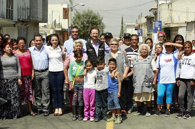 Pavimentación beneficia a 513 familias de Bosques de la Cañada