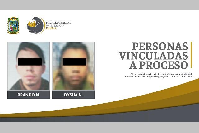 Madre y padrastro en prisión por violentar a niño en Chignahuapan