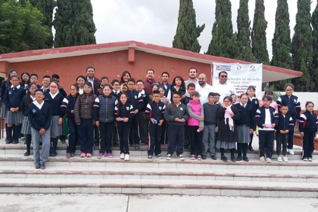 Entrega Cruz Azul y Fundación Clisa lentes a niños de Palmar de Bravo