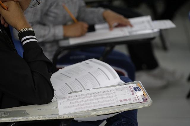 Rechazan escuelas particulares devolver pagos de reinscripción