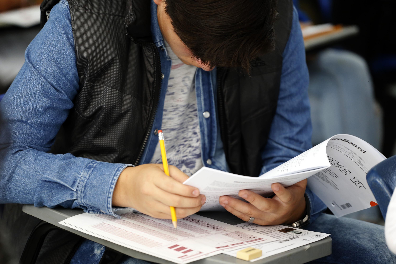 Para rechazados BUAP hay 8 mil  puestos en escuelas incorporadas