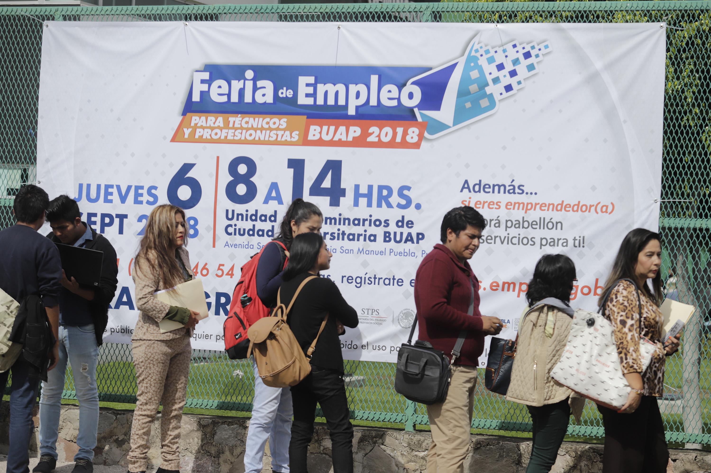 Sin empleo, 1 de cada 3 poblanos  con estudios de licenciatura o más