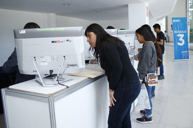 Lanza BUAP becas de hasta 5,500 pesos a nivel medio y licenciatura