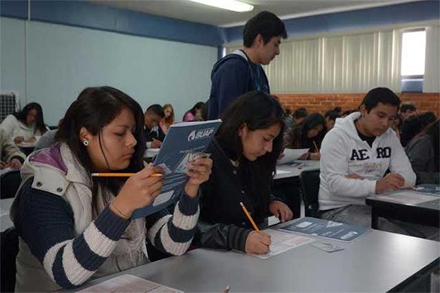 Más de 14 mil jóvenes acreditan requisitos para entrar a la BUAP