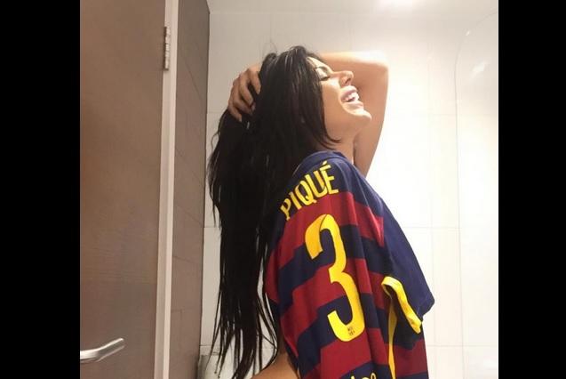 Miss BumBum deja a Messi y va por Piqué, pareja de Shakira