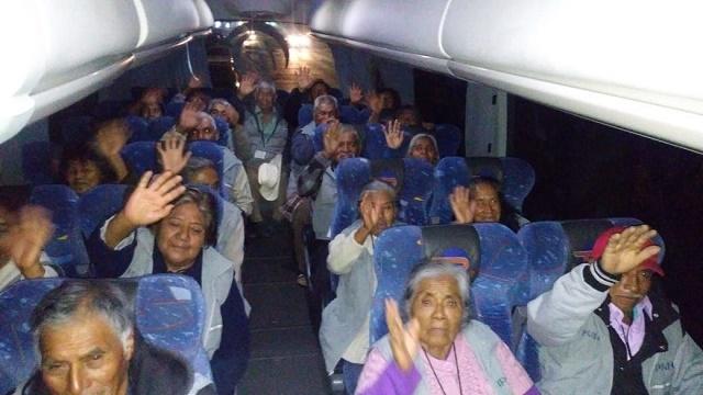 """Reúne """"Raíces de Puebla"""" a 91 adultos mayores con familiares en NY"""