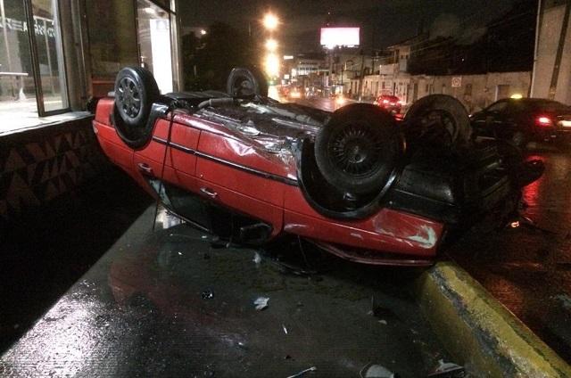 Un muerto, dos heridos y daños en par de choques la noche del Grito