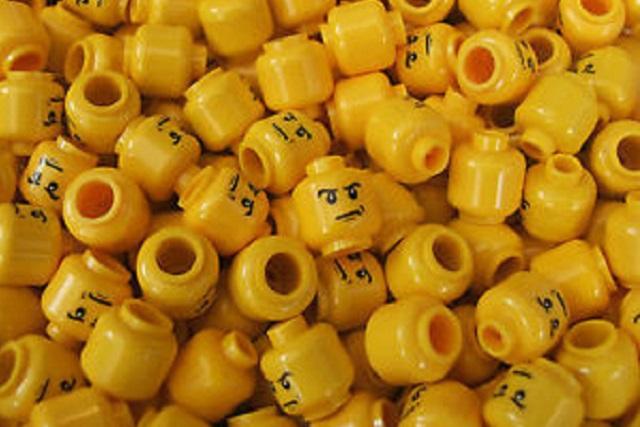 Investigadores tragan piezas de Lego para averiguar cuanto tardan en salir